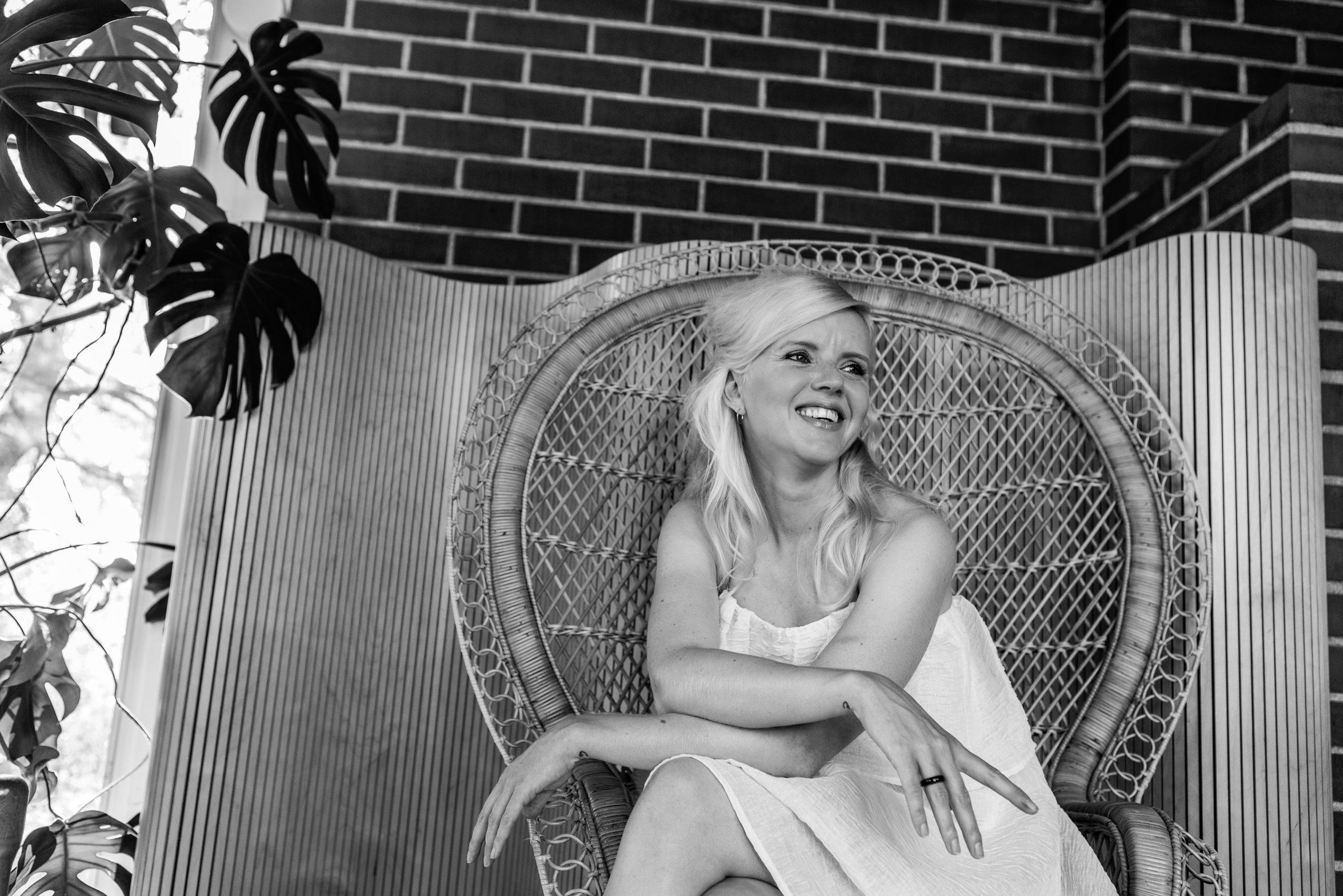"""Pilots People – Heli Thoren: """"Täydestä sydämestä eletty elämä on hyvää elämää."""""""
